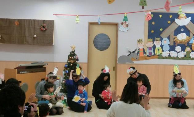 乳児部のクリスマス会のようす