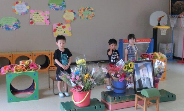 第1園の花の日礼拝の様子