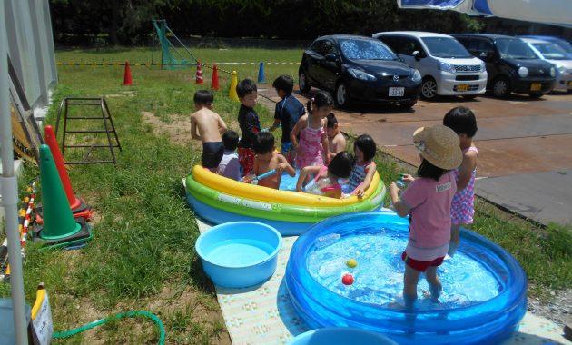 第1園仮園舎でのプール遊び